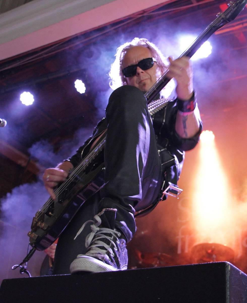 ROCK N GROWL - HARD N HEAVY METAL PROMOTION Mean Streak Interview with bassist Peter Andersson
