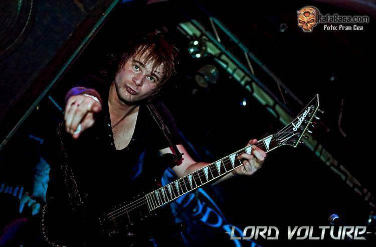 Lord Volture Live